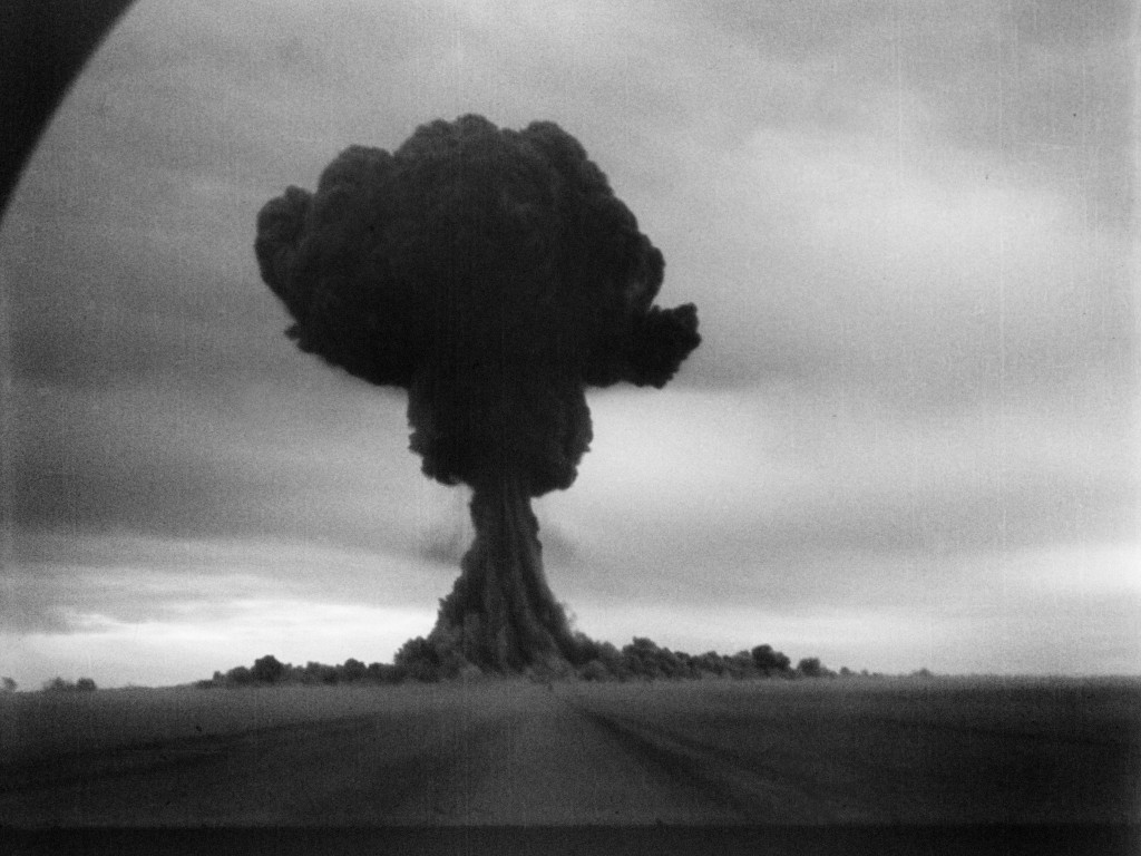 "The mushroom cloud from the ""First Lightning"" test (1949)"